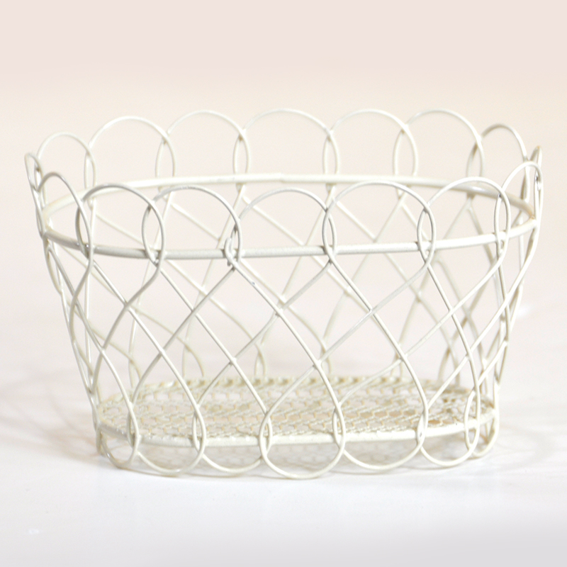 Stella Mini Oblong Basket with Scalloped Edge - Cream 4in