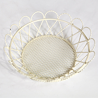 STELLA MINI ROUND TRAY W/SCALLOPED EDGE-CREAM