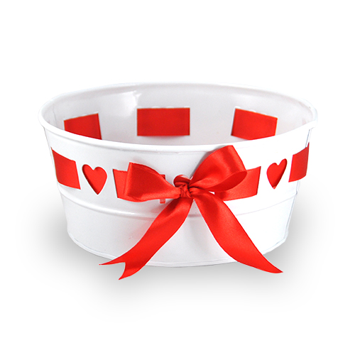 Small Round Heart Design with Ribbon Container 6in